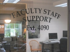 Faculty/Staff Support Desk - OIT@Jesup x.4090